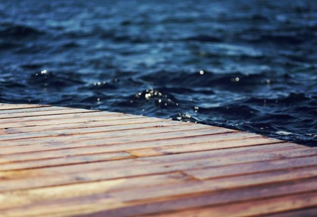 acqua e il pontile 640x438 - acqua e il pontile
